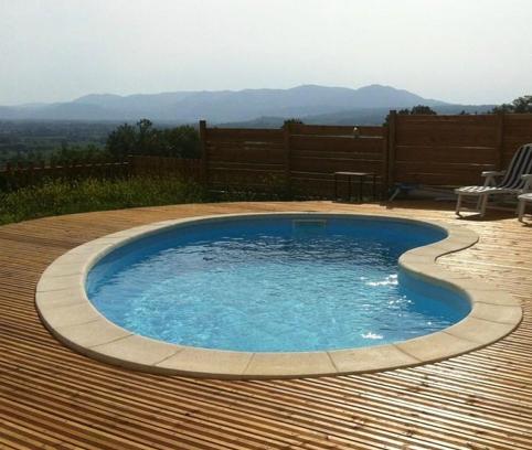 Gallery of et que vous cherchiez une piscine enterre ou for Revendeur piscine bestway